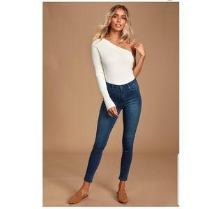 New Just Black Crop Jean's